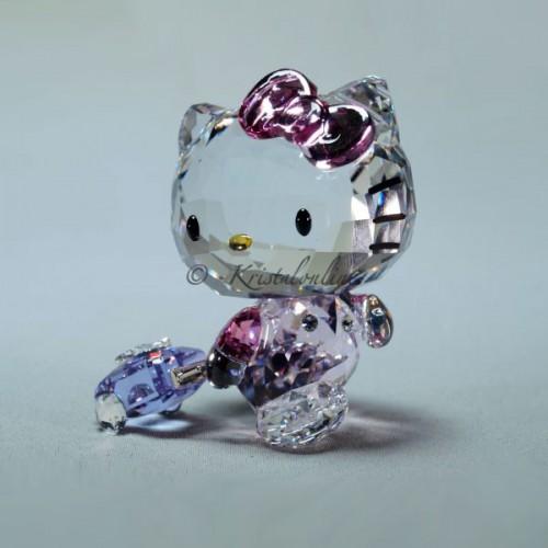 3fe54d80f ... Swarovski Crystal | Sanrio | Hello Kitty - Traveller | 5279082